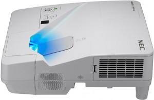 Projektor NEC UM301W Ultra-Short-Throw + Uchwyt